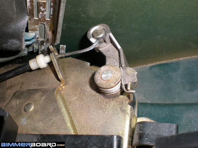 HOW TO- Open a locked rear door with a ceased door actuator