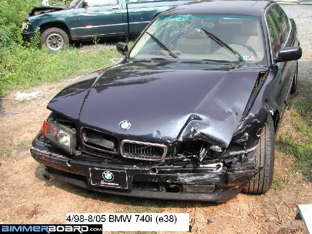 wrecked e38