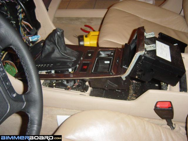 Photos and directions for disassembly of the center console sciox Gallery